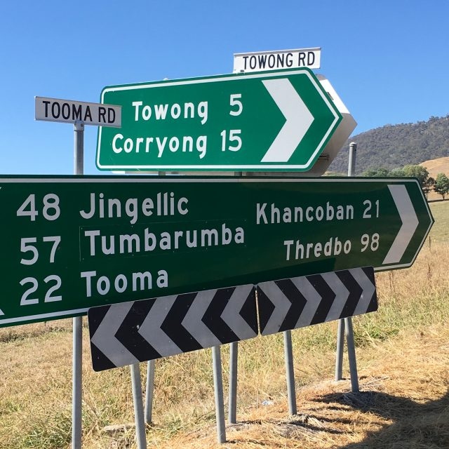 A classic Australian road sign