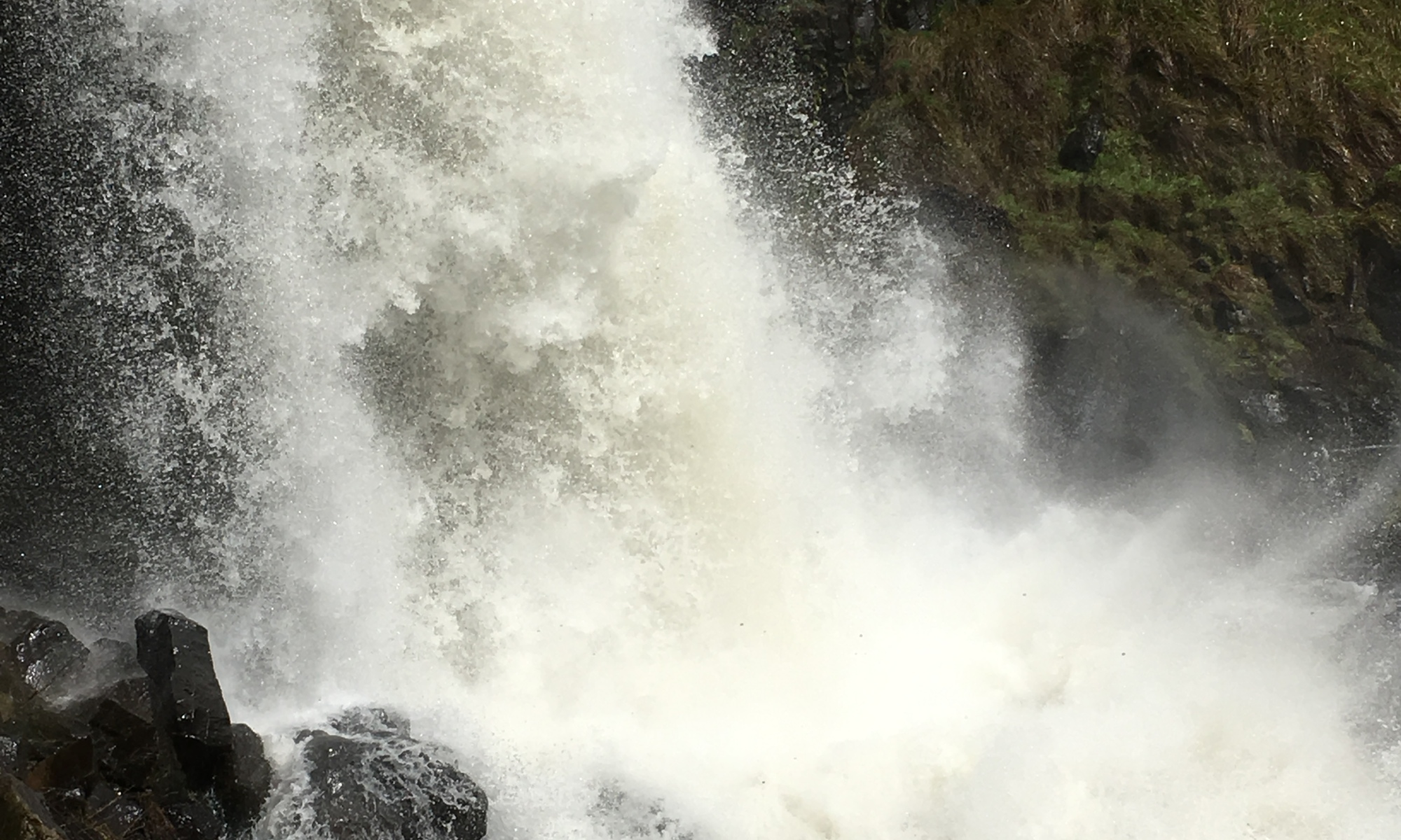 Water tumbling down near Tumbarumba at Paddy's River Falls