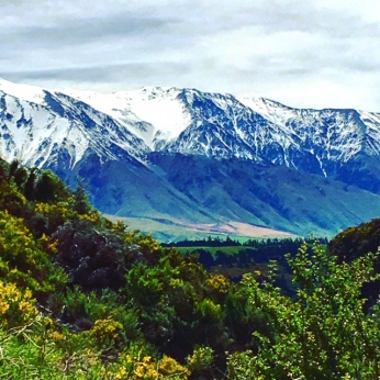 Snow views of Mt Hutt