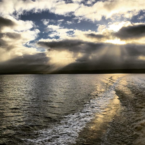 Morning sky, clouds, sun, water, Tasmania
