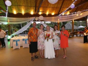 Family photo at daughter's destination wedding in Fiji