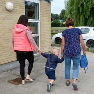 Off to kindergarten
