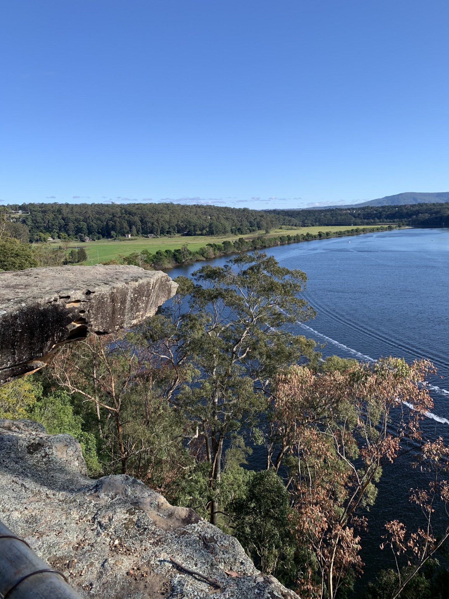 Hanging Rock and the Shoalhaven river