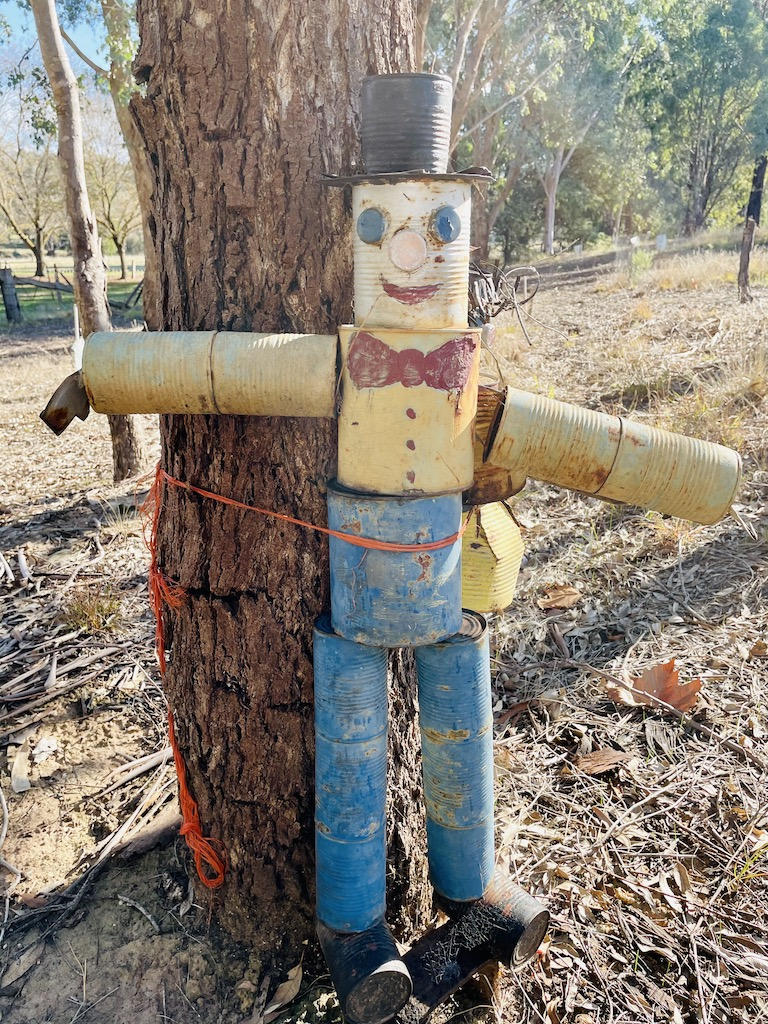 quirky people along the trail 1
