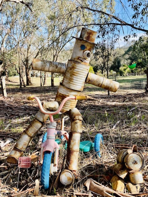 quirky things along the trail